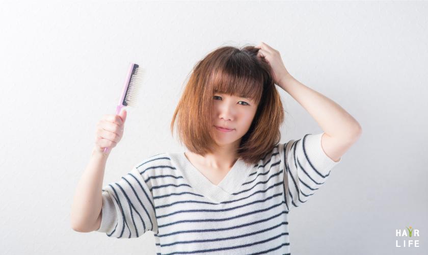 造成女性髮量變少的原因